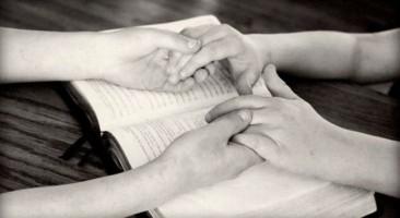 5 conselhos práticos para uma boa oração com a Bíblia