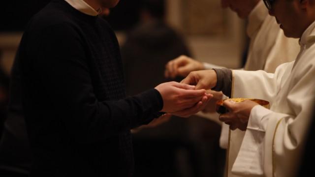 Santa Sé envia carta a bispos dos EUA sobre Eucaristia e católicos na política